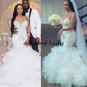 2019 Sexy Meerjungfrau Brautkleider Liebsten Kristall Perlen Perlen Stickerei Rüschen Layered Nigerian Brautkleid