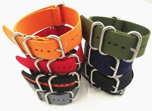 En gros 10PCS / lot sangles en nylon robustes 18mm 20mm 22mm 24mm Nylon bande de montre Bracelet en OTAN bracelet zoulou montre