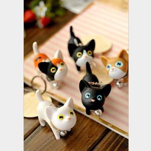 100pcs Mini Muñeca Llavero Llavero Lindo Juguetes Animal Figura Cabilete Collectable Cat Colgante Llavero de dibujos animados Modelo Gracioso Encantos Regalos para niños