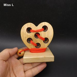 Heart Shape 3D Wooden Rope Puzzle IQ rompicapo Rompicapo Gioco Toy Rompicapo Mind Game For Kid