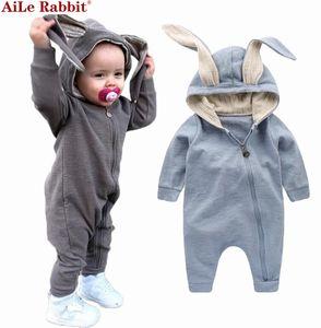 Neue Frühling Herbst Baby Strampler Niedlichen Cartoon Kaninchen Infant Mädchen Jungen Pullover Kinder Baby Outfits Kleidung