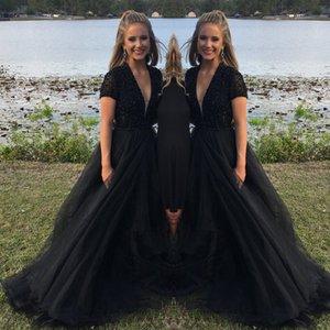 Nero dei vestiti da sera arabi 2019 perline superiore del collo sexy V modesto Dreses Prom Plus Size abiti convenzionali manica corta A abiti da sera di linea