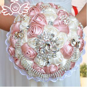 Feder Handgemachte Blumen Satin Brautsträuße Bling Bling Bling Kristallbrosche Künstliche Rose Hochzeit Lieferant Bouquet Billigverkauf 2021