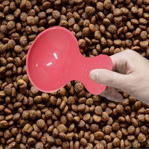 Pet gıda kürek Yüksek kaliteli çeşitli Şeker Renkler gıda Sevimli Kalp Shape pet kaşık küçük köpek kediler Yavru Gıda kürek Malzemeleri