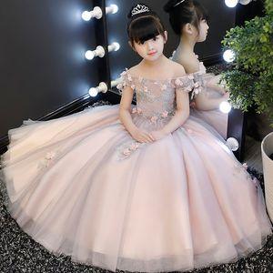 Neue Ankunfts-Blumen-Prinzessin-Mädchen-Kleid Schulterfrei Baptsim Rosa Tüll Partei Hochzeit Geburtstag Kleid Kindershirt Tutu-Kleid