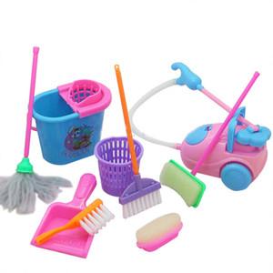 9 Pçs / set Casa Da Menina de Limpeza Engraçado Vacuum Mop Vassoura Ferramentas Pretend Play Toy Kit De Limpeza Para Bonecas Acessórios