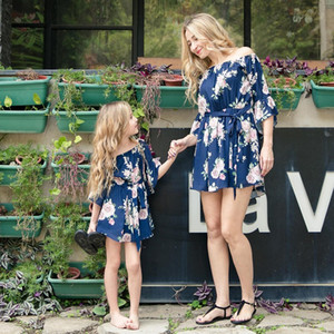 Vieeoease Girls Dress Floral Family Matching Outfits 2018 Summer Flare Sleeve Print Dress for Mommy and Me EE-529