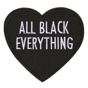 Nakış Mektup Yama Tüm Siyah Her Şey Kalp Şekli Başarmak Için Demir On İşlemeli Yamalar Rozetleri Çanta Kot Şapka T Gömlek DIY Aplikler