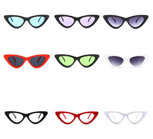 Peekaboo niedliche sexy Retro Katzenauge Sonnenbrille Frauen kleine schwarze weiße Dreieckweinlese 2018 billige Sonnenbrille rote weibliche Geschenke