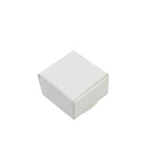 50 Unids / lote 4 * 4 * 2.5 cm Pequeña Caja de Embalaje de Regalo de Papel Kraft Blanco Para Joyería DIY Panadería de Hornear Jabón Galletas Galletas de Caramelo