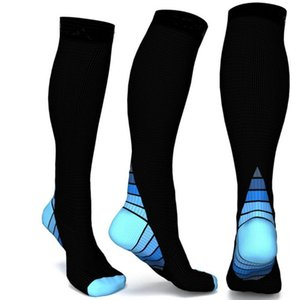 Fashion New Men Compression Socks Fit Breathable Long Socks for Male Travel Boost Stamina Flexible Polyester Sports Sock