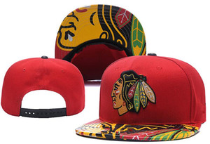 New Caps Chicago Blackhawks Hockey Snapback Hats Red Black Colour Cap Team Cappelli Mix Match Ordina tutti i cappelli Top Quality Hat