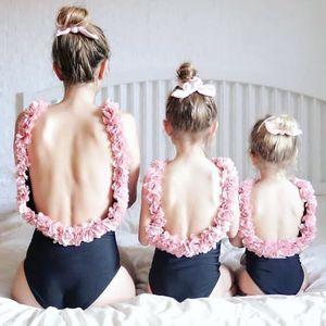 INS Kızlar çiçekler backless mayo anne ve ben tek parça yüzme moda çocuklar stereo petal askı plaj tatil mayolar Y7112