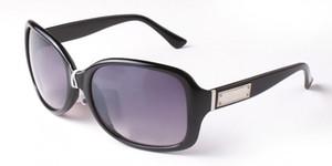 Gafas de sol de diseñador Gafas de marca Sombras para exteriores Marco de PC Moda Clásico Señoras de lujo Espejos de gafas de sol para mujeres 2745