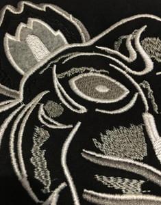 2018 бесплатная доставка мужчины женщины вышивка тигр логотип свитер спортивные костюмы джемпер черный / белый размер S-2XL