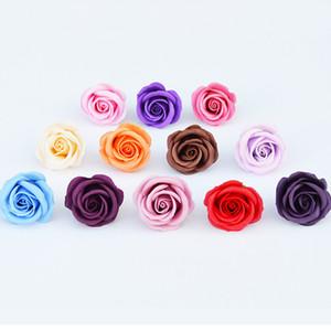 Nuevo diseño 50pcs / Box 5cm Rose Soap Flower Head Wedding Regalo de San Valentín Regalo de Año Nuevo Diy Flores artificiales Decoración para el hogar