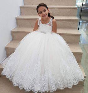 Erstkommunion Kleider Rundhalsausschnitt Perlen Schärpe Spitzenkante Prinzessin Kleider Lange Tüll Blume Mädchen Kleider für Hochzeiten
