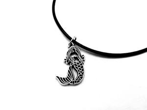 5 UNIDS Sirenita Collar Mar-criada Fish Tail Silhouettes Cuerda Collares de cuero para Niños Ariel Beach Ocean Fairy Tale Party