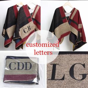 2016 nouvelle marque femmes couverture monogrammée laine de cachemire initiales personnalisées écharpe cape hiver poncho Y18102010
