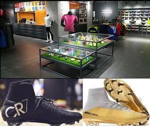 2018 de haute qualité Hommes Femmes Enfants Noir Chaussures de football pas cher Mercurial Superfly FG V CR7 AG Cristiano Ronaldo Football Chaussures de foot
