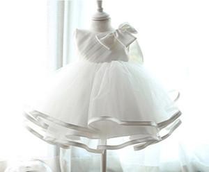 venta al por menor 2018 Bebé Recién Nacido Bautizo Vestido de Bautizo Vestido de las muchachas del vestido de boda de Princesa Infantil ropa de bebé sin mangas del velo vestido de Tutu