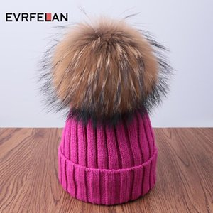 Evrfelan Fashion Warm Winter Beanies Hats For Women Comfortable Knitting Hat Pompom Winter Outdoor Cap Solid Skullies bonnet C18111601