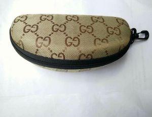 Luxury brand zipper glasses case, high quality, high quality and high quality