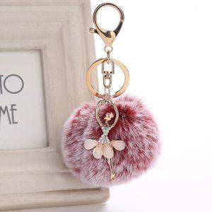 1 STÜCK Heiße Frauen Mode Fluffy Tanzen Engel Pompom Schlüsselanhänger Ballerina Ball Schlüsselanhänger Dekoration Für Mädchen Handtasche Tasche Zubehör