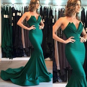 Elegant 2019 Long Formal Evening Dresses Strapless Scalloped Neck Fit and Flare Prom Party Gowns Cheap Custom Made High Quality Dress