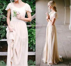 Champagne modesti abiti da sposa con maniche un Flutter-line Vintage Boho Abiti da sposa all'aperto spiaggia Sposa vestiti su ordine