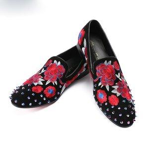 Christia Bella Rivet Samt Hausschuhe Herren Müßiggänger Stickerei Floral Mokassins Herren Slip On Flats Herren Kleid Formale Schuhe