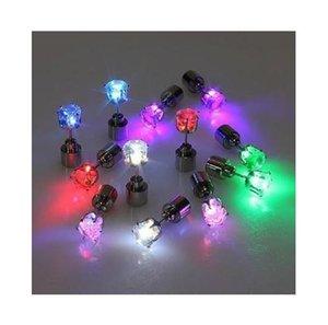 Amants de boîte de nuit high-tech LED émettant de la lumière boucles d'oreilles boucles d'oreilles foret zirconium douce (simple)