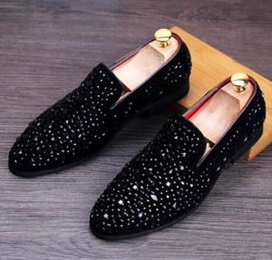 New Dandelion Spikes Flat Leather Shoes Strass Moda Mens Mocassini Dress Shoes Slip on Casual Diamond Pointed Toe Shoes, Size38-43