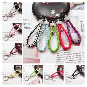 Großhandelsmassen Günstige Schlüsselanhänger 19 Styles handgemachte PU-Leder-Kristallauto-Schlüsselanhänger Tasche Schlüsselanhänger für Frauen-Mann Kleine Geschenke Werben