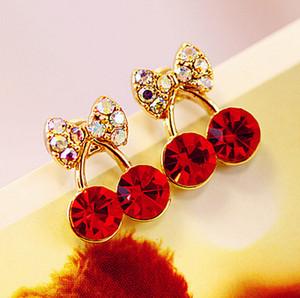 Moda encantadora rojo cereza pendientes Rhinestones hoja perno prisionero Errings para mujeres niñas joyería