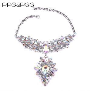 PPGPGG Chunky Gem Crystal Flower Dichiarazione Unique Starburst Pendant Strass Lusso Instagram Maxi Collana girocollo