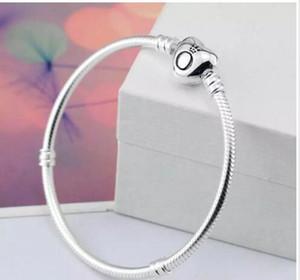 2018 marka Orijinal 925 Gümüş kalp toka Boncuk 3mm Yılan Zincir Bileklik Fit Avrupa Pandora kalp Charms Bilezik DIY Moda Takı
