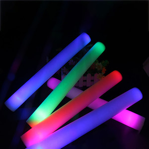LED Light Sticks Schiuma Puntelli Concert Party Lampeggiante Bastoni luminosi Halloween Christmas Festival Giocattoli per bambini Regali WX9-965