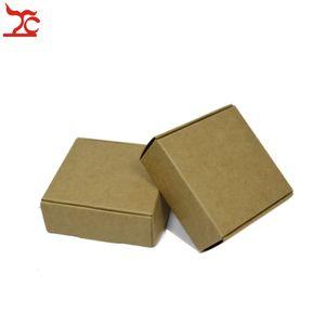 50pcs DIY hecho a mano de Kraft caja de regalo Garantía de cartón en blanco de papel del paquete caja lleva la caja de jabón caramelo del lápiz labial Caja de almacenamiento Kraft