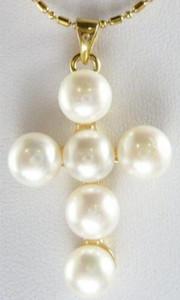 Collana con ciondolo a croce con perle d'acqua dolce cutlured bianca 7-8mm