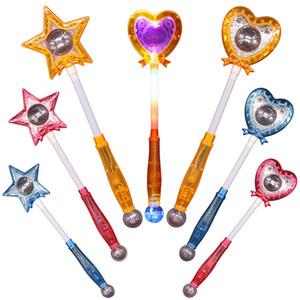 Heart-shaped Light-Up Flashing Magic Wand novidade Star Light LED Brinquedos incandescência luminosos flash de luz vara Brinquedos