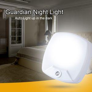 New Technology 2018 Creative Simple Socket Light Control LED Lamp Energy-Saving Mini Smart Sensor Bedroom Guardian Night Light