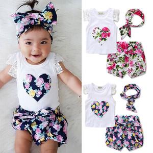 INS yeni kız t gömlek seti çocuk takımları Aşk Kalp çiçek baskı gömlek + kısa + kafa kız 3 parça setleri kız gömlek etek giyim setleri