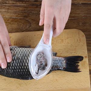 새로운 플라스틱 물고기 청소 도구 Scraping Scales Device 홈 주방 조리 도구 3 색 무료 DHL WX9-776