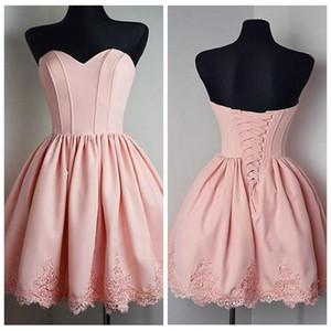 Милые Розового Кружево Аппликации Короткого Homecoming платье Lace Up Назад Дешевая Продажа Простой Весна Плюс Размер Девушка Pageant партии мантии