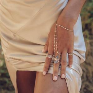 Compromiso de boda estación CZ declaración diamante pulsera de mano chapado en oro plata pulsera esclavo con anillo elegancia joyería de las mujeres