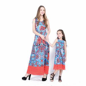 Pretty Mother Daughter Dresses Vintage Blue Flower Impreso sin mangas punteado rojo dobladillo del vestido de la onda Mommy and Me Family Matching Outfits