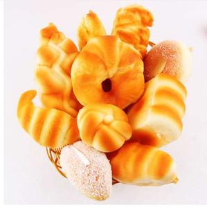 Squishy mignon Simuler Croissant Pain / Toast / Bun / Hamburger Lent Rising Doux Sangles Sangles Parfumé Kid Fun Cadeau Jouet En Gros