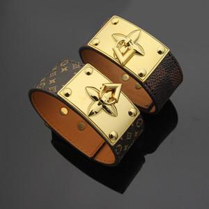 Ampio bracciale in pelle Geniune con chiusura a V in acciaio di titanio Bracciale in fiore marrone chram larghezza 2.5CM braccialetto in oro per donna gioielleria raffinata