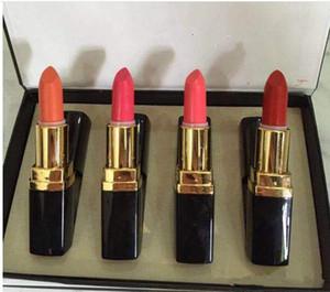 2019 Nueva marca Maquillaje llegada Lápiz labial Beso Belleza Hidratante Natural Duradero Nutritivo Fácil de usar Lápiz labial rouge 1SET = 4Colors